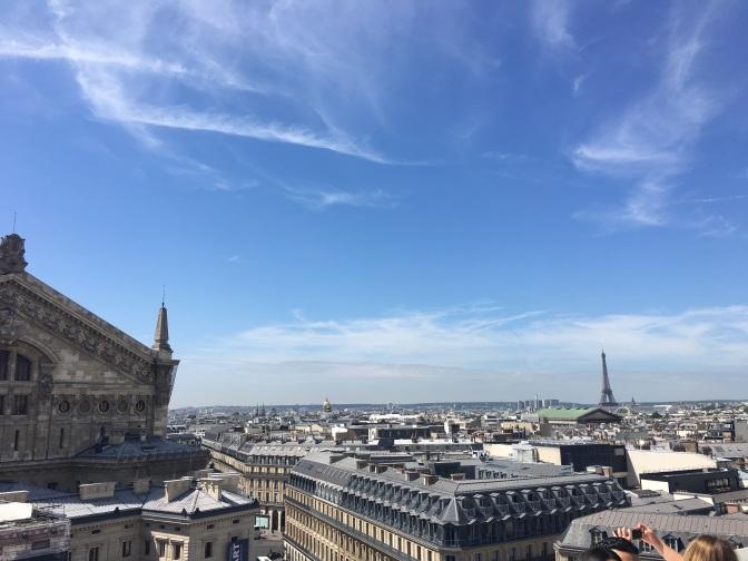 paris travel blogger